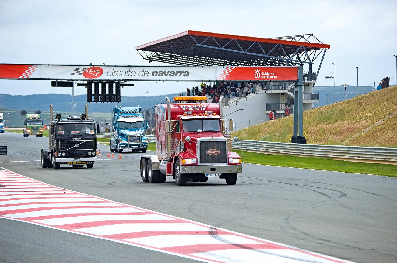 Circuito Los Arcos : Concentración de camiones circuito los arcos navarra