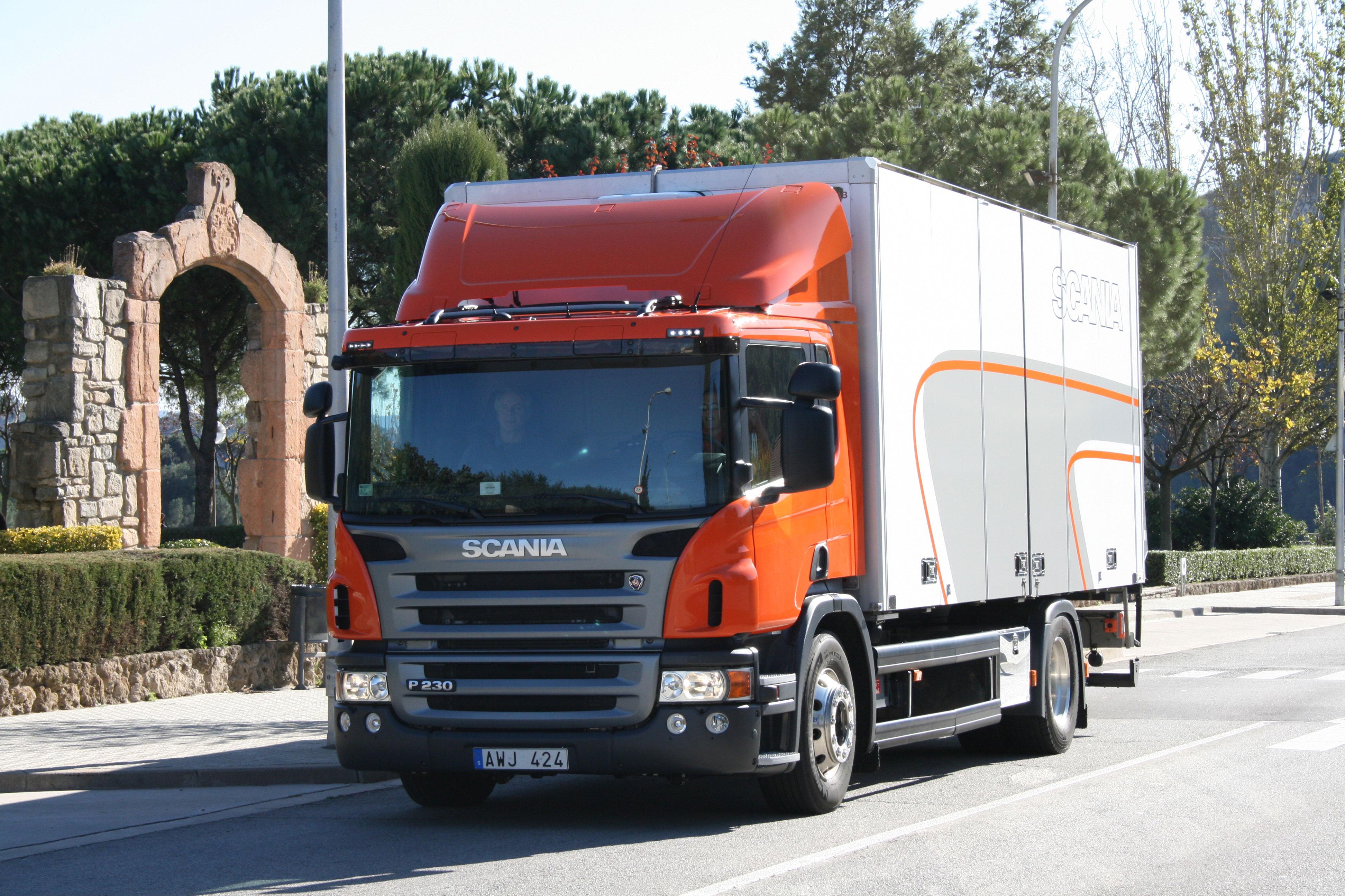Camion comprar camiones de ocasion en almeria for Tractores en almeria