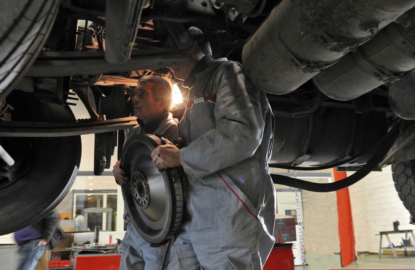 taller, promoción, mantenimiento, renault, camiones