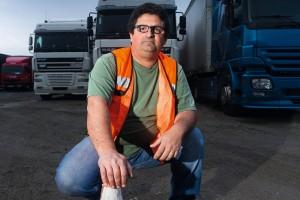 Reflexiones muy profundas, aunque subidas de tono, propuestas claras y concisas las que nos explica nuestro amigo Antonio Ruiz, el camionero indignado.