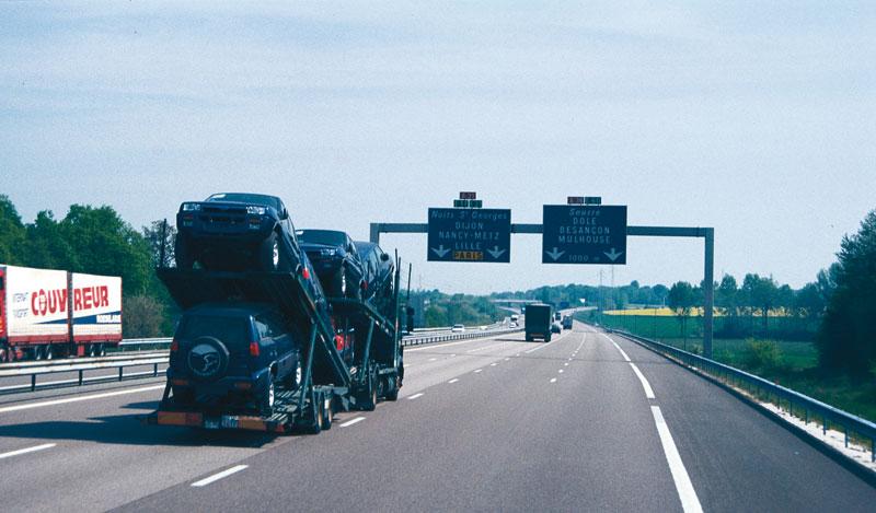 La IRU pide el fin de las restricciones al transporte por carretera