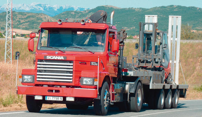 Scania T113