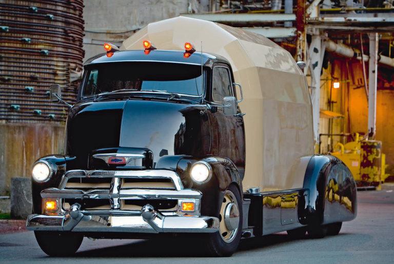Chevrolet conventional del 54, un zepelín sobre ruedas