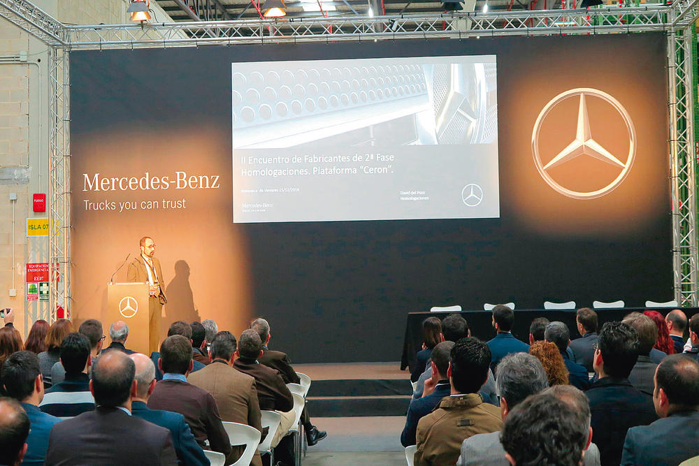 Encuentro mercedes benz para carroceros y transformadores - Mercedes benz azuqueca de henares ...