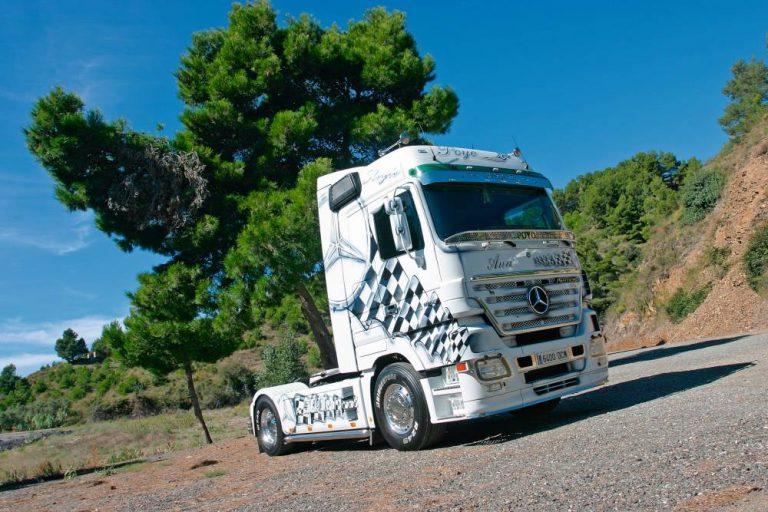 Mercedes-Benz José Luis Poyo