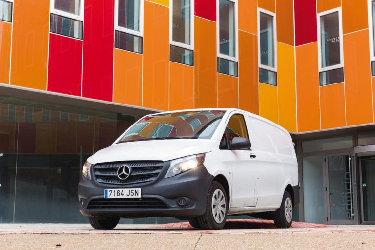 Mercedes-Benz Vito Furgón Largo