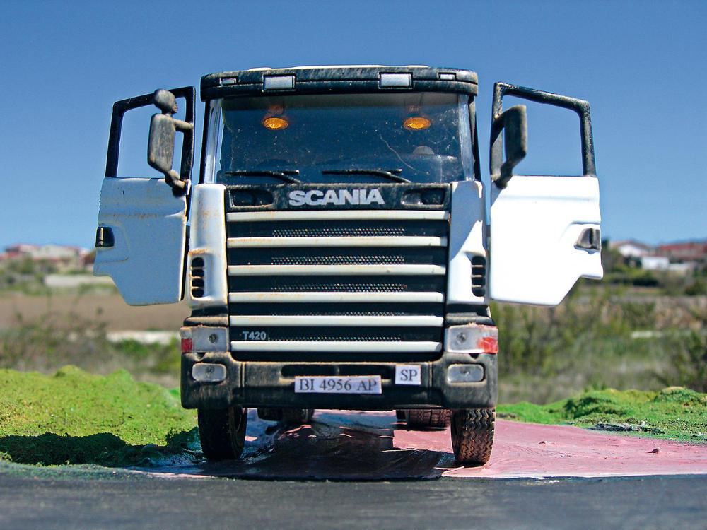 maqueta Scania Serie 4