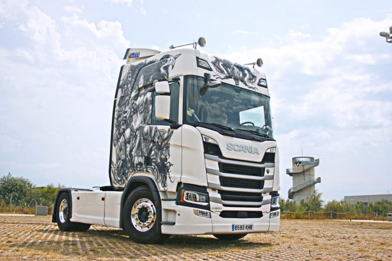 Top 20 de camiones decorados 'made in Scania'