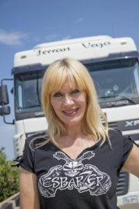 344 Camionera Eva Sandrine 01 200x300
