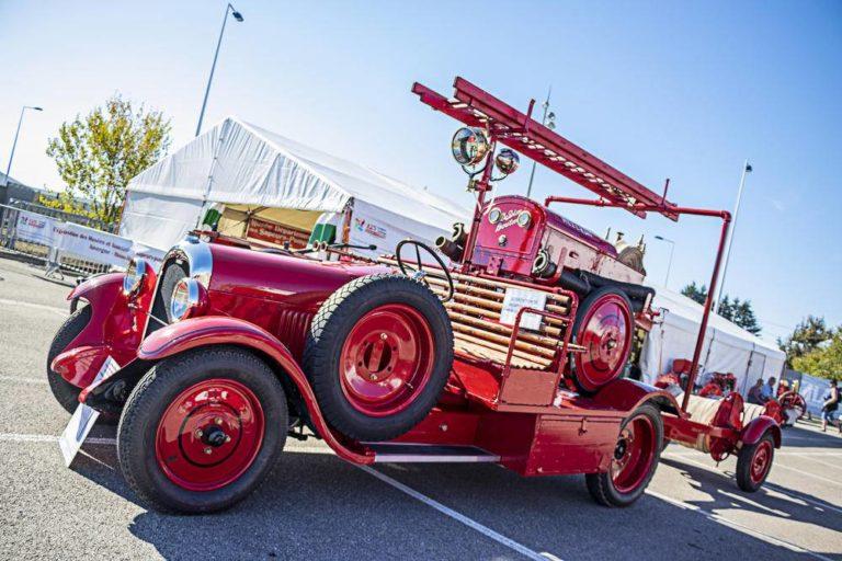 Camiones de bomberos restaurados en Francia