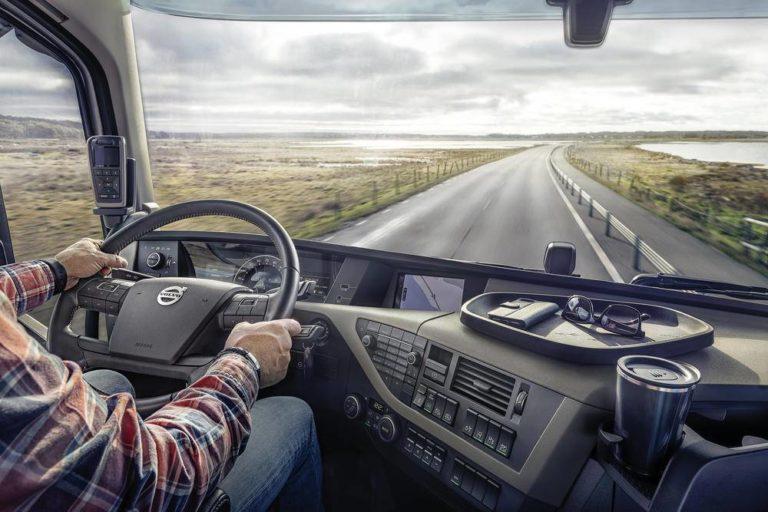Volvo Trucks le planta batalla al consumo y actualiza los D11 y D13