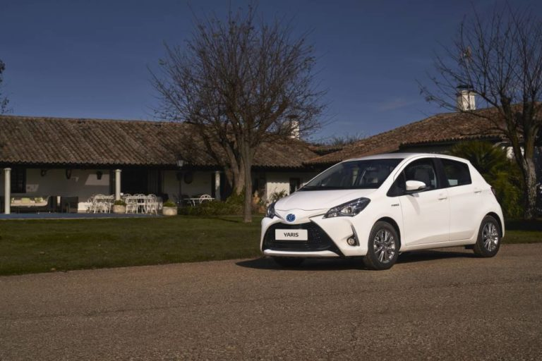 Toyota Hybrid ECOVAN