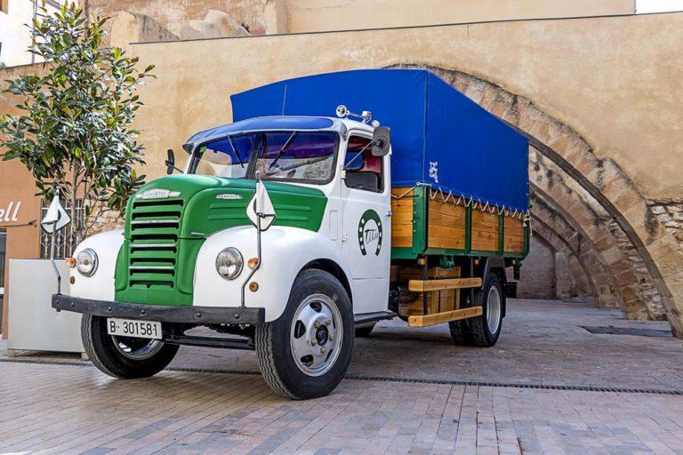 Ebro B-45 Transports Titu