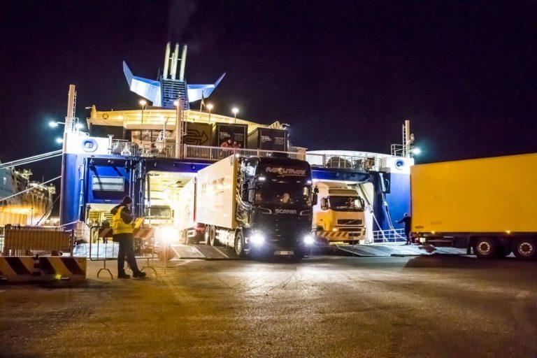 Las autopistas del mar de Grimaldi, soltando amarras