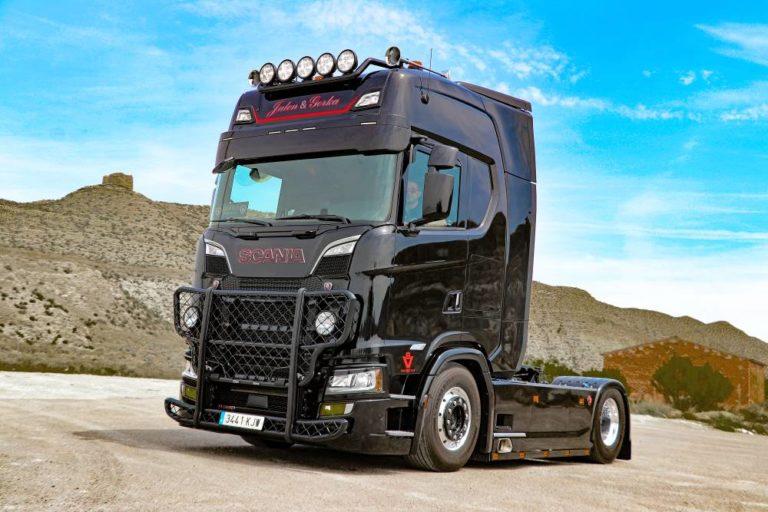 Gorka Pardo y su Scania S650, la elegancia hecha camión
