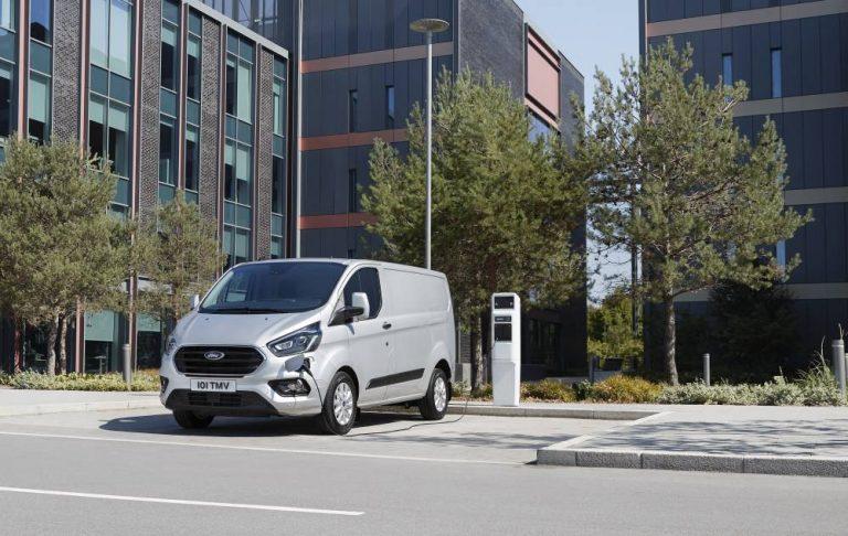 Ford Transit Tourneo Custom Plug-In Hybrid