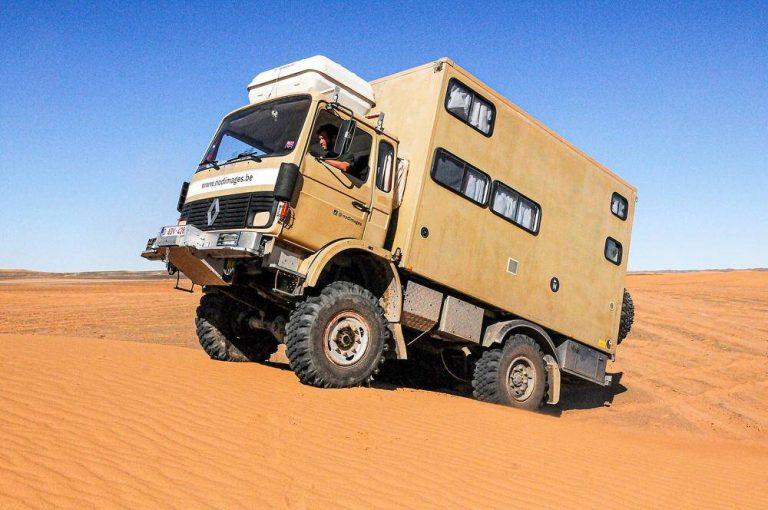 Renault Saviem de 1983, aventura familiar en África