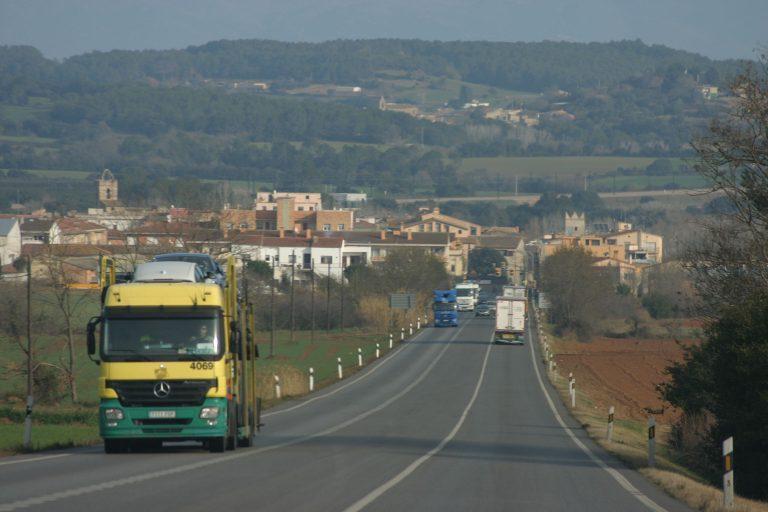 Los camiones pueden circular de manera temporal por la N-II