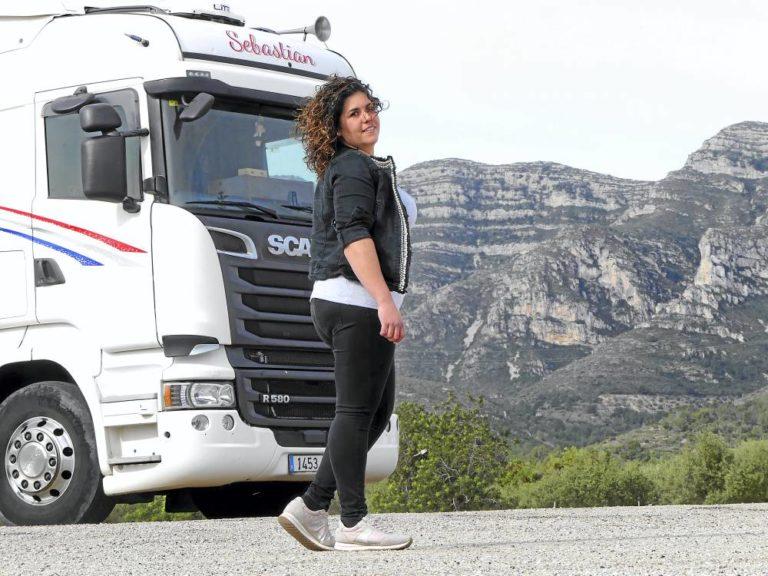 Soy camionera: Roser Piñol Rofes, nunca me bajaría del camión