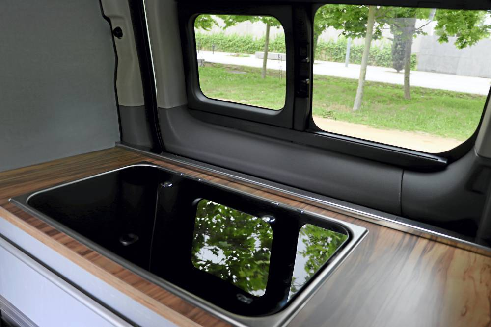 Nissan e-NV200 Evalia Camper