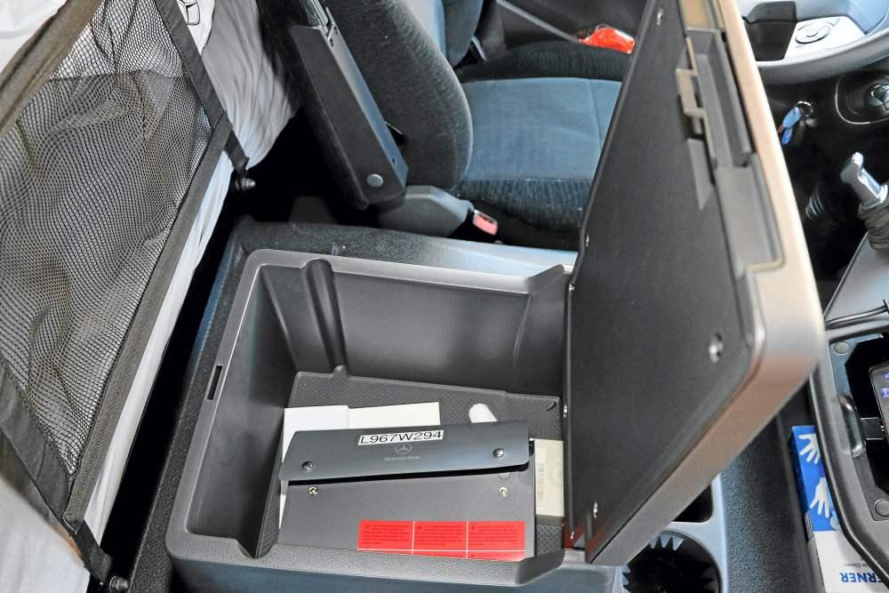 Mercedes-Benz Atego 1230