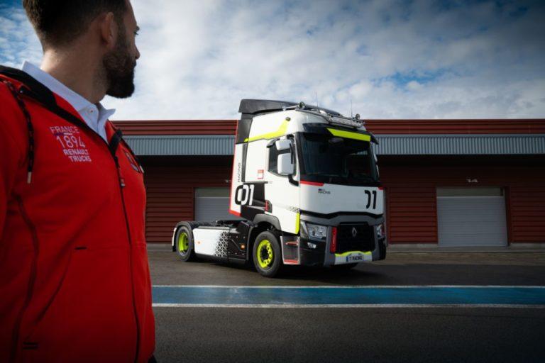 Renault Trucks lanza el 'Rincón del Héroe' en formato digital