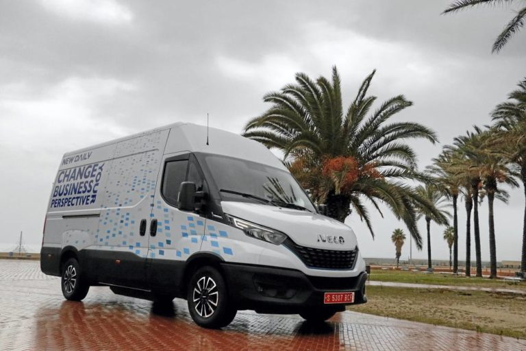 Iveco Daily 35S14N Hi-Matic NP