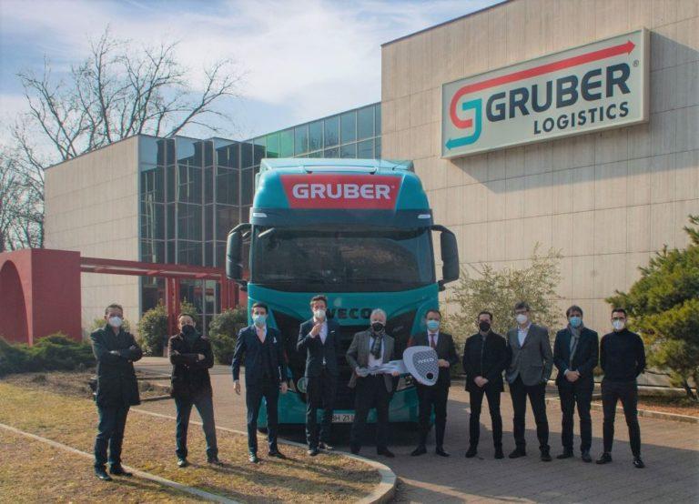 Iveco entregará 100 S-WAY GNL a Gruber Logistics