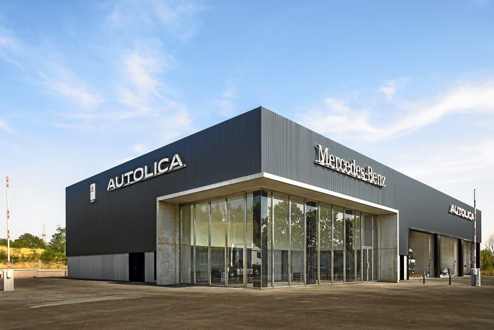 Autolica Industriales Mercedes-Benz