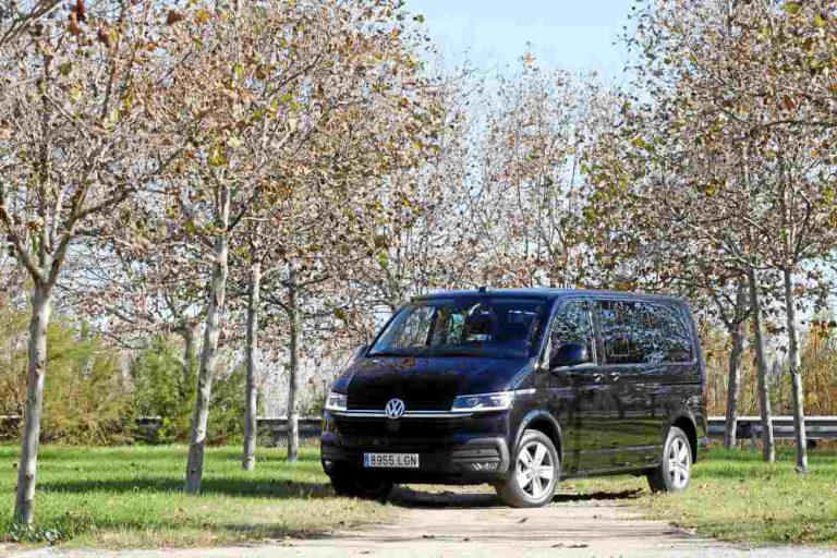 Volkswagen Caravelle Premium