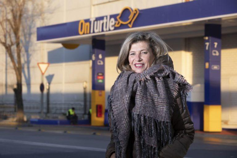 """Marta Fàbregas, de OnTurtle: """"En el mundo del transporte cada vez habrá más mujeres valoradas por sus habilidades y por su experiencia"""""""