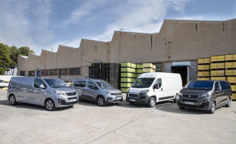 Peugeot electrifica al 100% su gama de vehículos comerciales