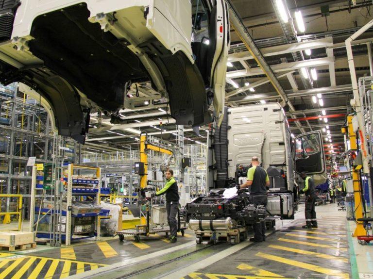 Volvo Trucks comienza la producción en serie de su nueva gama de camiones