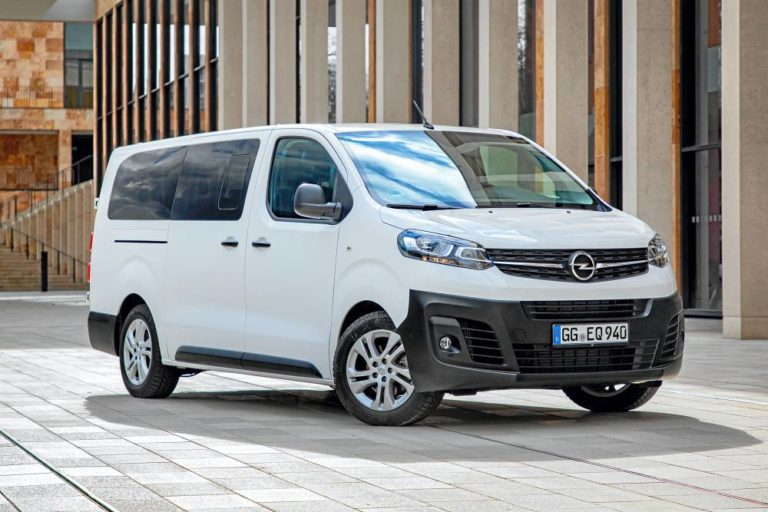 Opel Vivaro Combi, espacio generoso