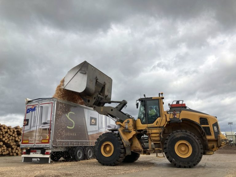 Schmitz Cargobull entrega 15 semirremolques a De Pedro Molinero