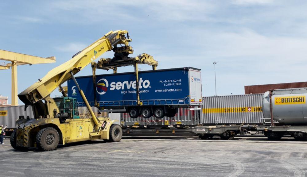 Semirremolque Schmitz Cargobull Serveto